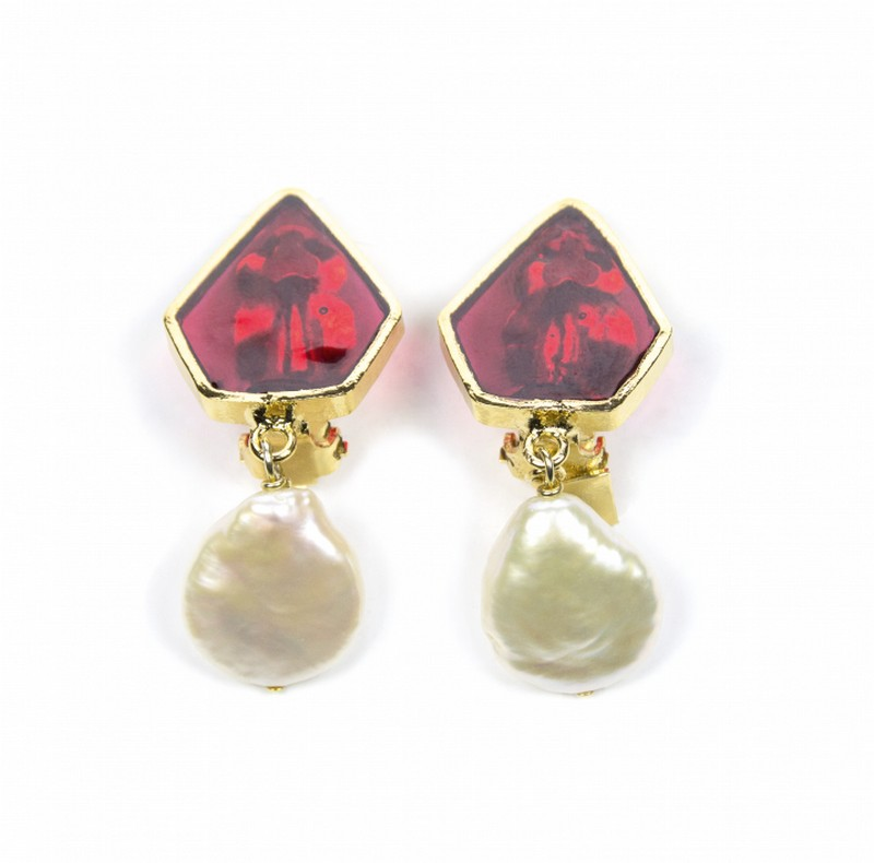 4692266887_LFalaise_CLIP PENTAGON AND PEARL RUBY RED