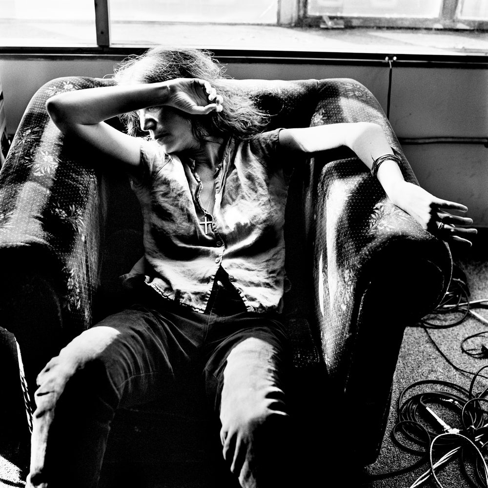6165327512_LOW_Patti Smith, New York 1999 Copyright Anton Corbijn